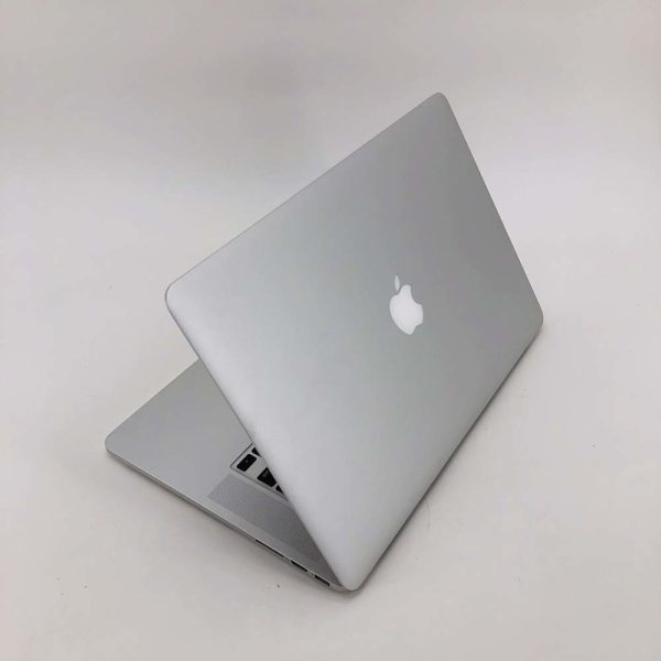"7004_2696-600x600 Apple MacBook Pro 15.4"" Retina intel® Quad-Core i7 2.8GHz Early 2013 (Ricondizionato)"