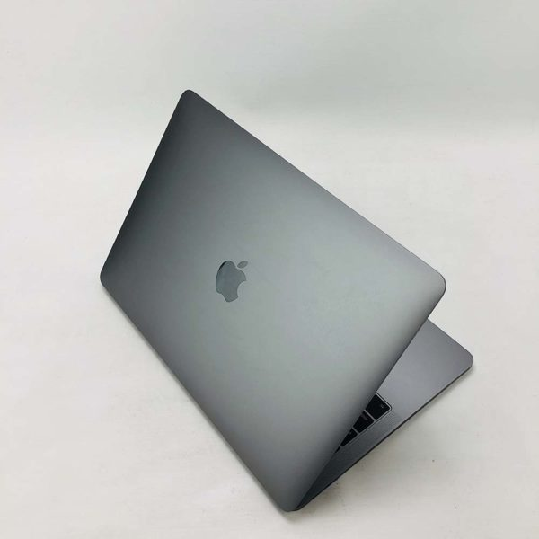 "7055_0223-600x600 Apple MacBook Pro 13.3"" Retina Grey intel® Dual-Core i5 2.3GHz Late 2017 (Ricondizionato)"