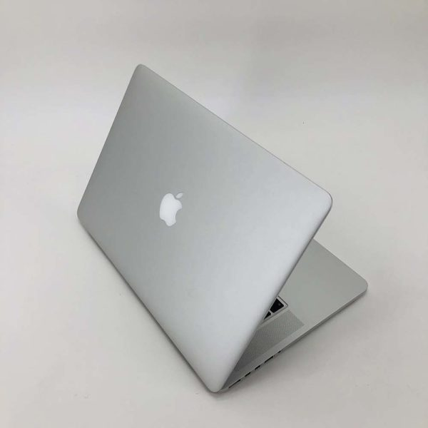 "7111_9586-600x600 Apple MacBook Pro 15.4"" Retina intel® Quad-Core i7 2.5GHz Mid 2014 (Ricondizionato)"