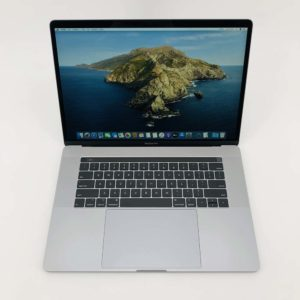 "7122_1087-300x300 Apple MacBook Pro 15.4"" Retina TouchBar Grey intel® Six-Core i7 2.2GHz 2018 (Ricondizionato)"