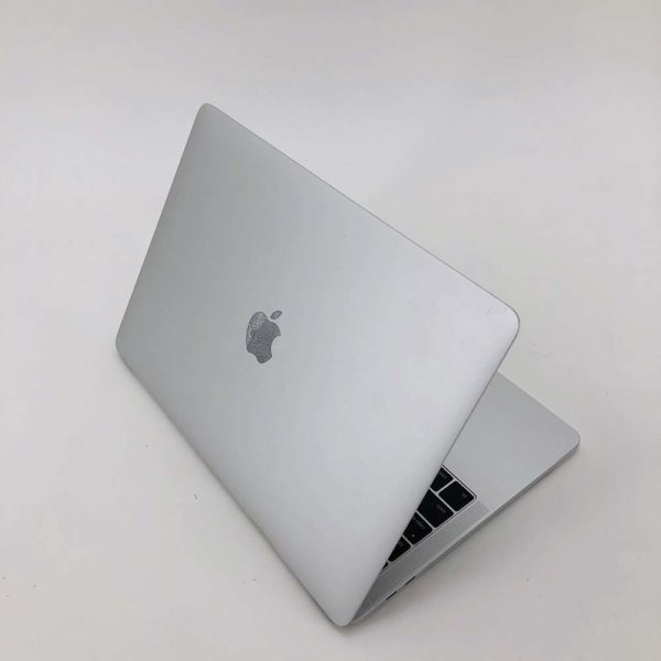 "7130_3085-600x600 Apple MacBook Pro 13.3"" TouchBar Silver intel® Dual-Core i5 2.9GHz Late 2016 (Ricondizionato)"