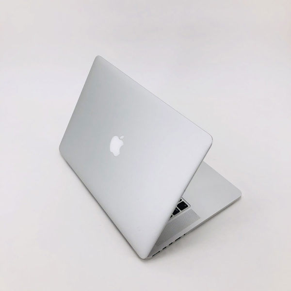 "7164_3715-600x600 Apple MacBook Pro 15.4"" Retina intel® Quad-Core i7 2.5GHz Mid 2015 (Ricondizionato)"