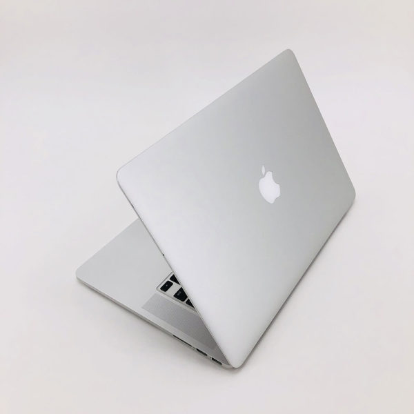 "7164_3716-600x600 Apple MacBook Pro 15.4"" Retina intel® Quad-Core i7 2.5GHz Mid 2015 (Ricondizionato)"