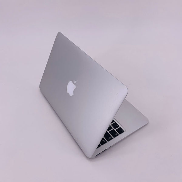 "7217_4158-600x600 Apple MacBook Air 11.6"" intel® Core 2 Duo 1.4GHz Late 2010 (Ricondizionato)"