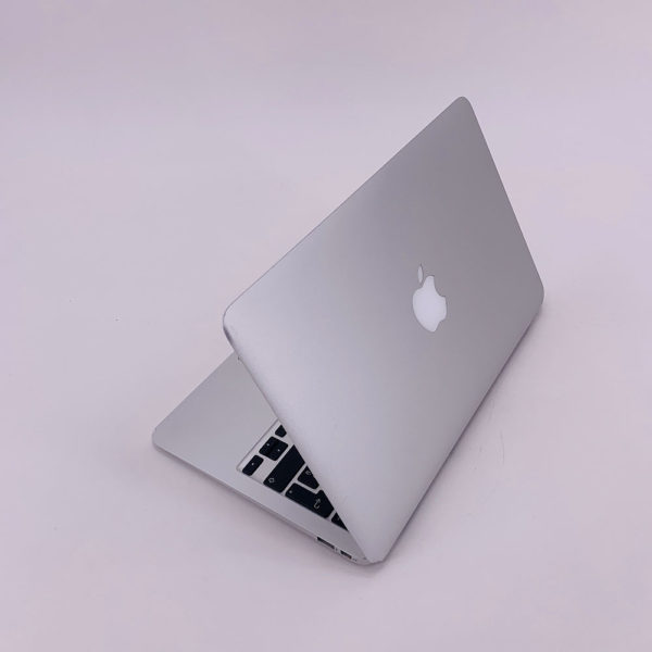 "7217_4159-600x600 Apple MacBook Air 11.6"" intel® Core 2 Duo 1.4GHz Late 2010 (Ricondizionato)"