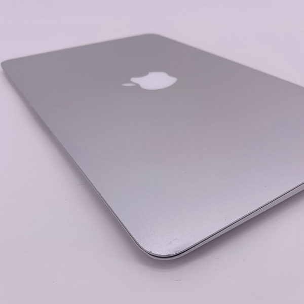 "7217_4163-600x600 Apple MacBook Air 11.6"" intel® Core 2 Duo 1.4GHz Late 2010 (Ricondizionato)"