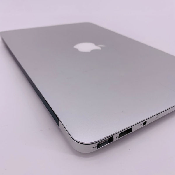 "7227_4266-600x600 Apple MacBook Air 11.6"" intel® Dual-Core i5 1.6GHz Mid 2011 (Ricondizionato)"