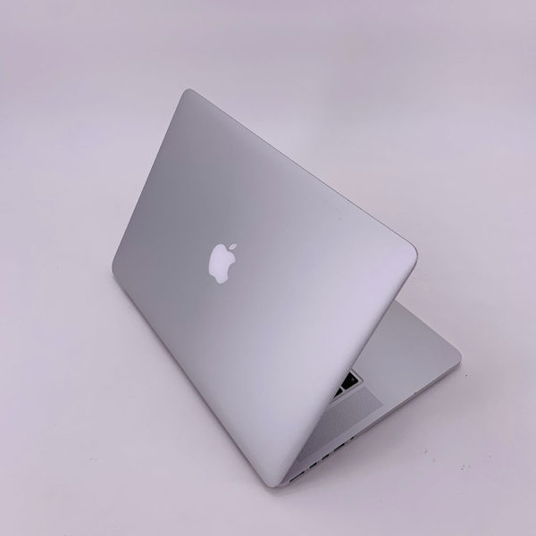 "7238_4345-600x600 Apple MacBook Pro 15.4"" Retina intel® Quad-Core i7 2.2GHz Mid 2015 (Ricondizionato)"