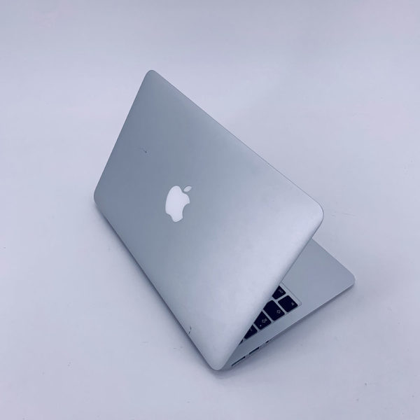 "7272_4731-600x600 Apple MacBook Air 11.6"" intel® Dual-Core i5 1.4GHz Early 2014 (Ricondizionato)"