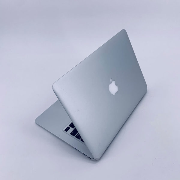 "7274_4758-600x600 Apple MacBook Air 13.3"" intel® Dual-Core i5 1.6GHz Early 2015 (Ricondizionato)"