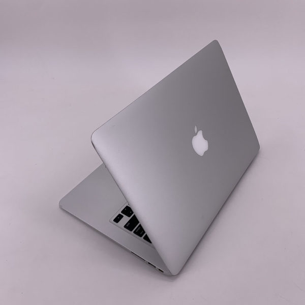 "7333_5292-600x600 Apple MacBook Air 13.3"" intel® Dual-Core i5 1.4GHz Early 2014 (Ricondizionato)"