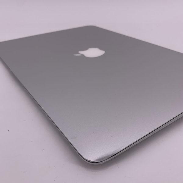 "7346_5454-600x600 Apple MacBook Air 13.3"" intel® Dual-Core i7 1.8GHz Mid 2011 (Ricondizionato)"