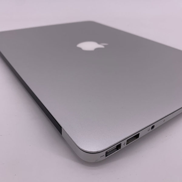 "7346_5455-600x600 Apple MacBook Air 13.3"" intel® Dual-Core i7 1.8GHz Mid 2011 (Ricondizionato)"