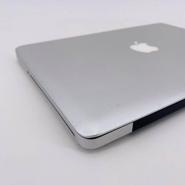 "7388_8217-600x600 Apple MacBook Pro 13.3"" intel® Core 2 Duo 2.4GHz Mid 2010 (Ricondizionato)"