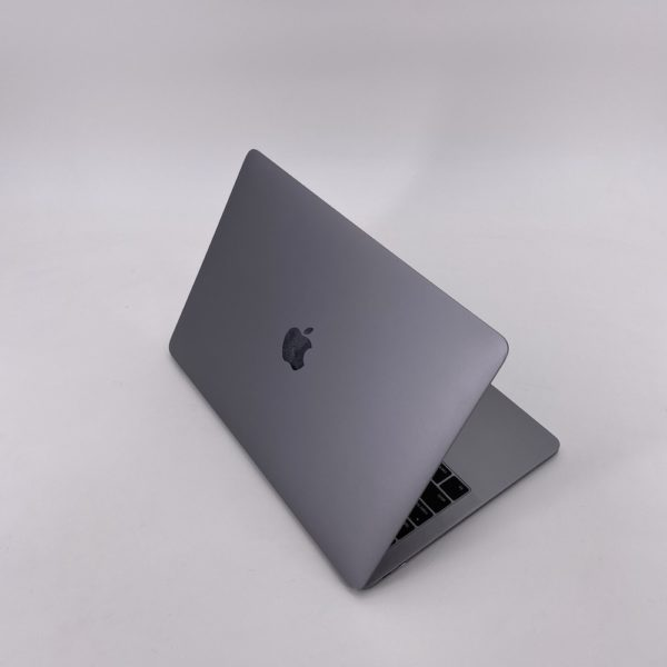 "7403_9428-600x600 Apple MacBook Pro 13.3"" Retina Space Grey intel® Dual-Core i5 2.3GHz Late 2017 (Ricondizionato)"