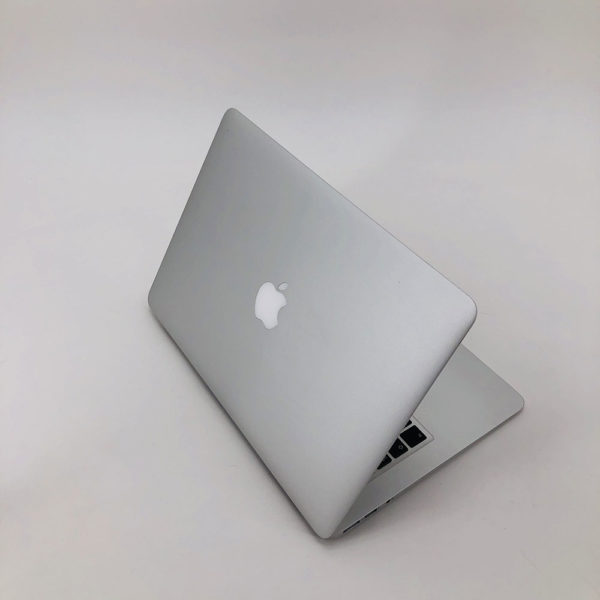 "IMG_4056-600x600 Apple MacBook Air 13.3"" intel® Dual-Core i5 1.4GHz Early 2014 (Ricondizionato)"