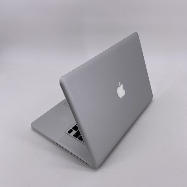 "7468_3697-600x600 Apple MacBook Pro 15.4"" intel® Quad-Core i7 2.2GHz Late 2011 (Ricondizionato)"