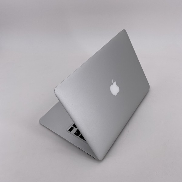 "7492_7432-600x600 Apple MacBook Air 13.3"" intel® Dual-Core i5 1.8GHz Mid 2012 (Ricondizionato)"