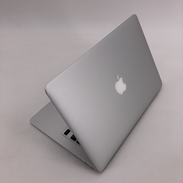 "8112_3771-600x600 Apple MacBook Air 13.3"" intel® Dual-Core i5 1.7GHz Mid 2011 (Ricondizionato)"