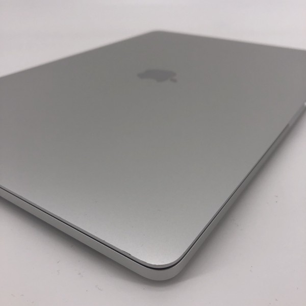 "8995_0075-600x600 Apple MacBook Pro 15.4"" Retina TouchBar Argento intel® Six-Core i7 2.2GHz 2018 (Ricondizionato)"